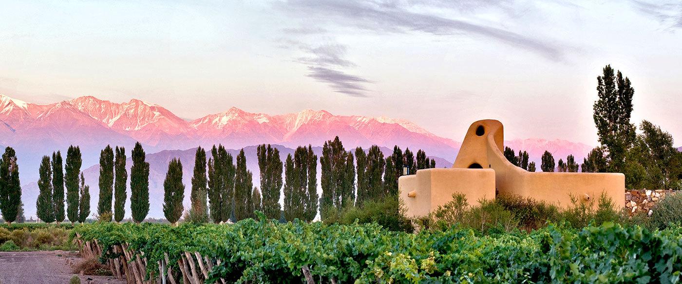 luxury-hotels-argentina-mendoza-cavas-wi