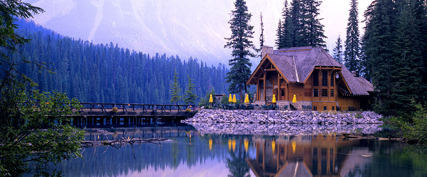 Emerald Lake Lodge Luxury Hotel In Yoho National Park