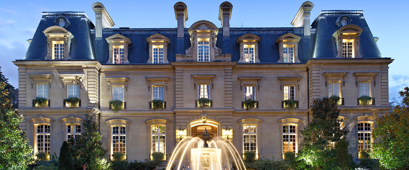 Saint james paris luxury hotel in right bank paris for Hotel original france