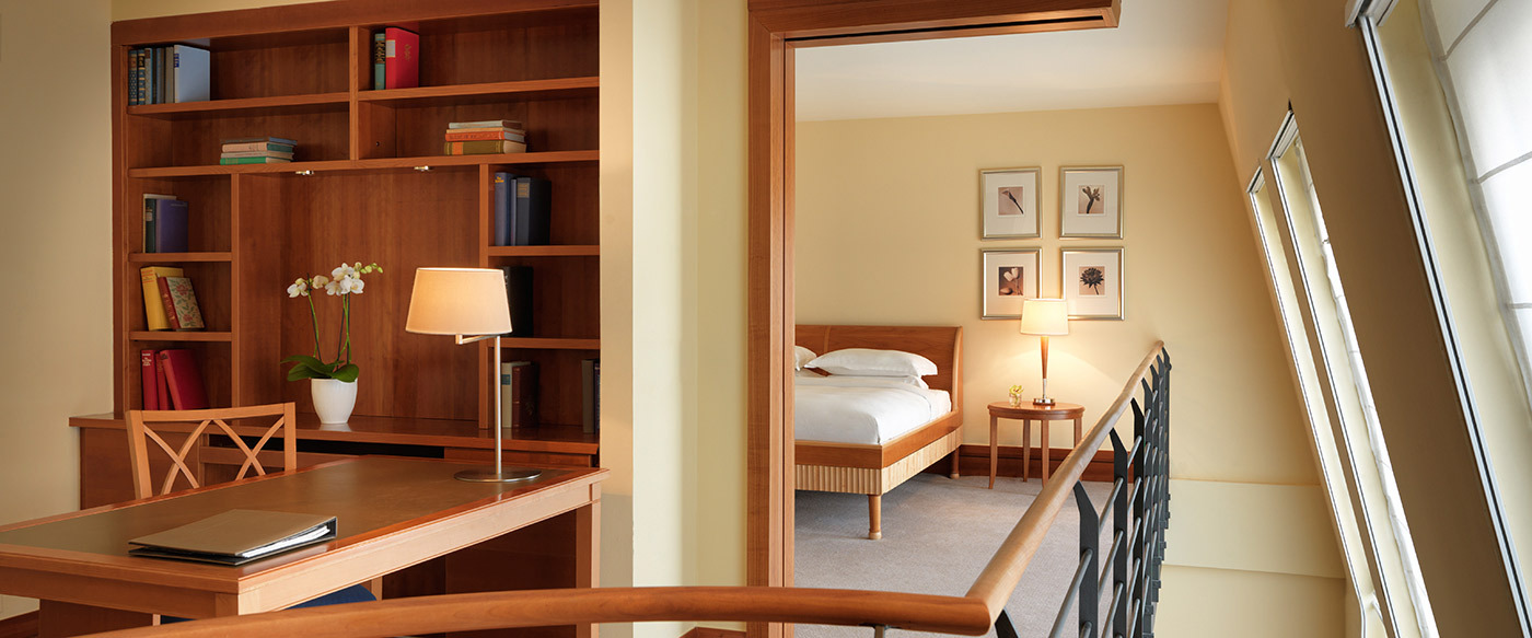 park hyatt hamburg luxury hotel in hamburg germany. Black Bedroom Furniture Sets. Home Design Ideas