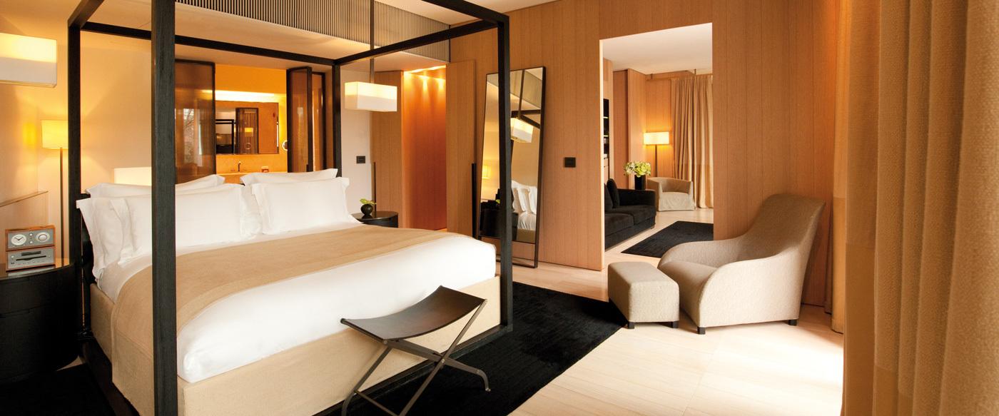 Bulgari hotel milano luxury hotel in milan italy for Luxury hotel milano