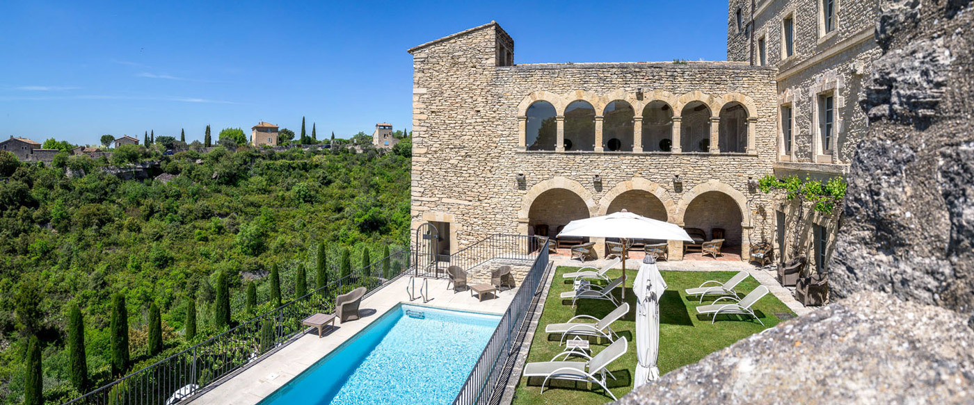Hotels gordes france for Hotel original france