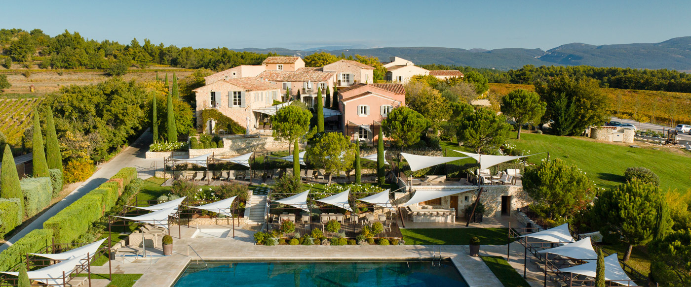 La coquillade luxury hotel in provence france for Hotel original france
